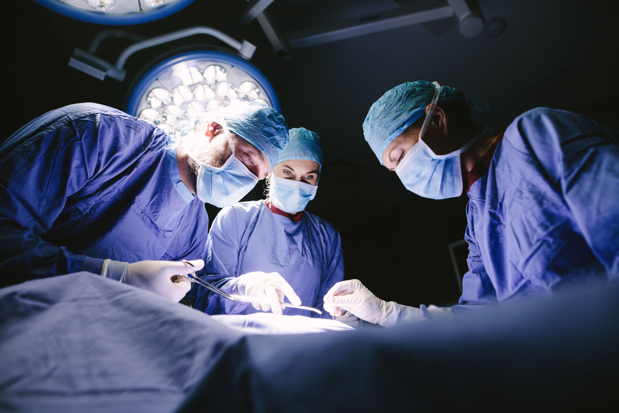healthcare marketing surgeons in operating room